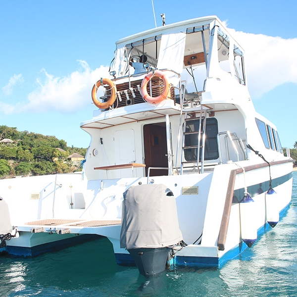Guests of Villa Pantai have exclusive access to our boat charter.