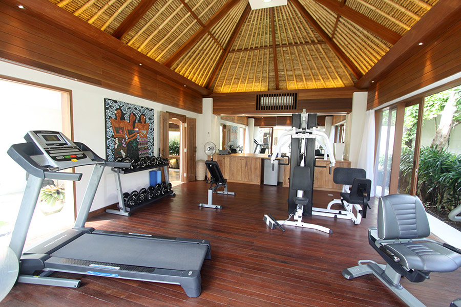 Fully Equipped Gymnasium With A Full Spectrum Of Weights