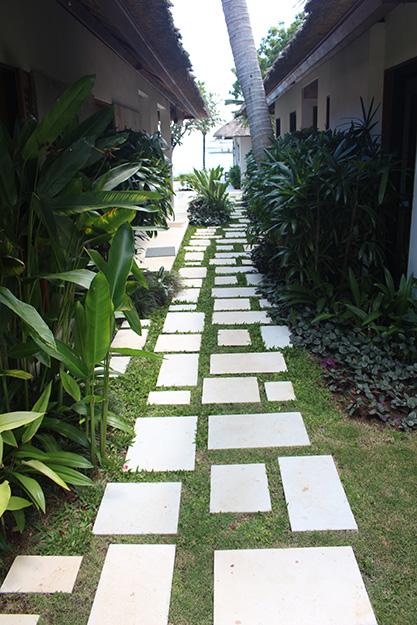 Villa Pantai is just a short walk to the Nusa Lembongan beaches
