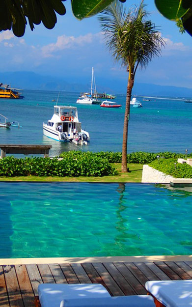Beachside Bali Resort on Nusa Lembongan with a stunning swimming pool