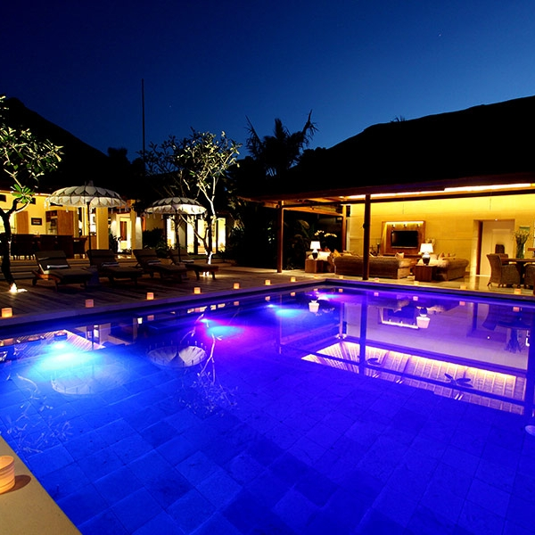 The swimming pool at the Beachside Villa Pantai on Nusa Lembongan